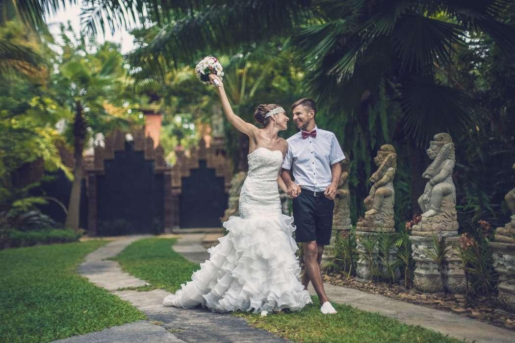 для свадебные фотографии из тайланда отрезное линии талии