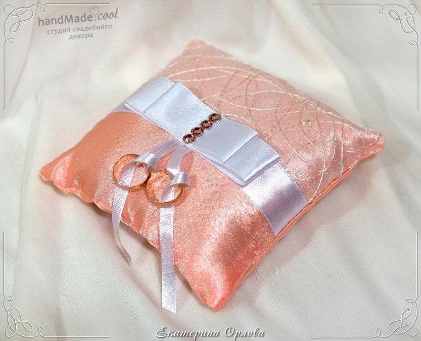Свадебная подушечка для колец, ручная работа на заказ - фото 7676318 Студия свадебного декора Handmade