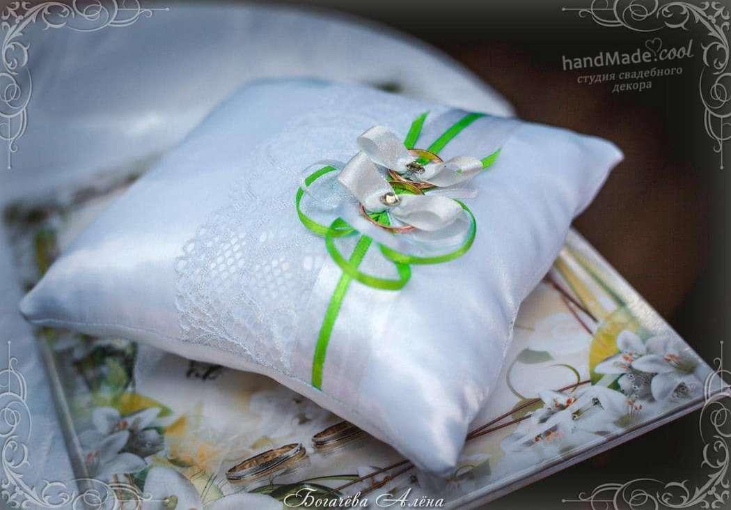 Свадебная подушечка для колец, ручная работа на заказ - фото 7676384 Студия свадебного декора Handmade