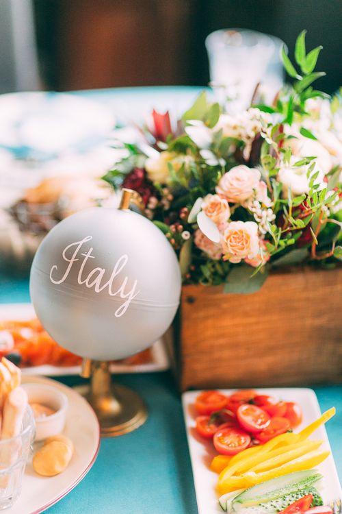 История знакомства жениха и невесты прикольные видео смотреть 8