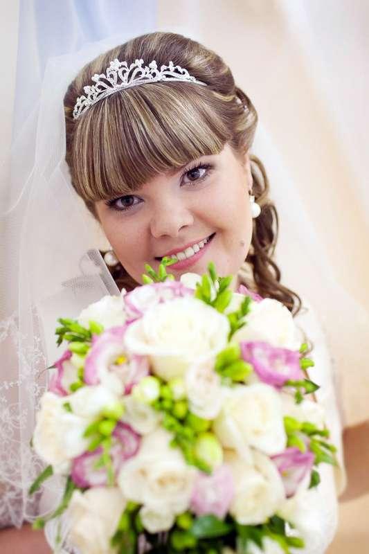 невеста Света, прическа на длинные волосы с диадемой и фатой - фото 598696 Свадебный стилист Ольга Пузенко