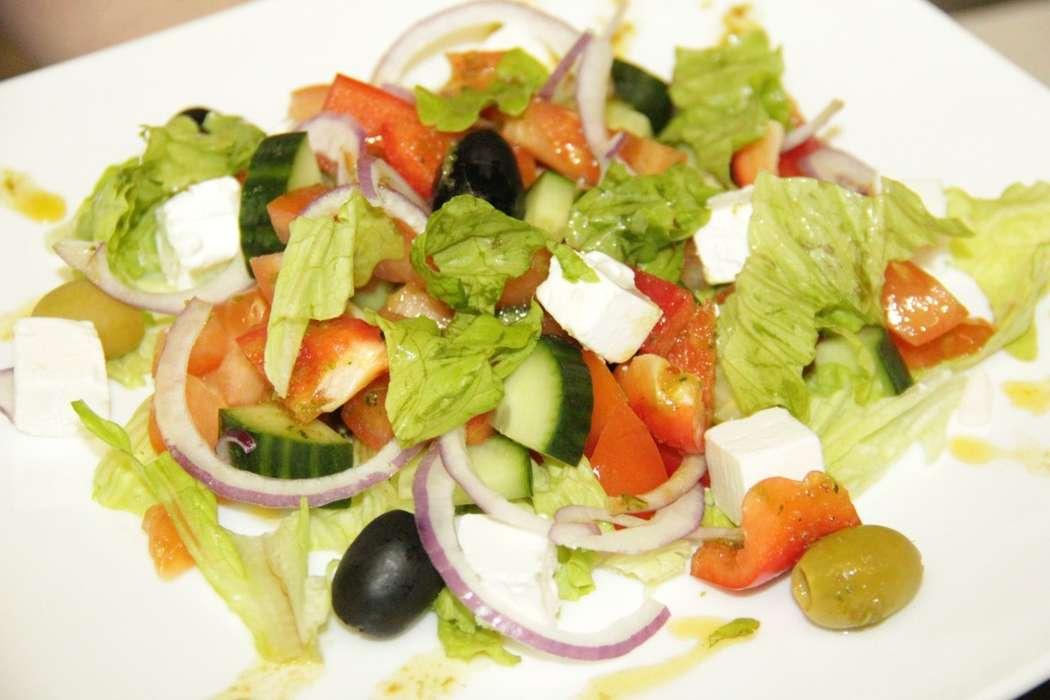 Греческий салат 150 гр. -230 руб. - фото 10470022 Кафе Адмирал