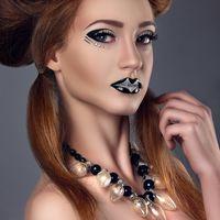 ретушь Ксюша Устинова фото Наталья Балаболина стилист по прическе Елена Каштелян  #макияж #визаж #makeup #mua #art #визажиствичука #professionalmakeupVictoria #VictoriaRossihina