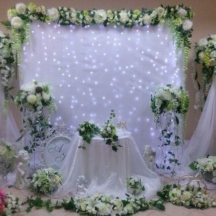 Оформление свадьбы в помещении и на открытой площадке