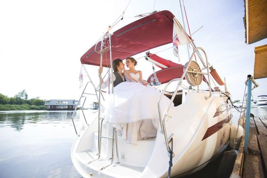 Фото 9056122 в коллекции Аренда парусной яхты с алыми парусами для фотосессий - Аренда яхты Паруса-нн