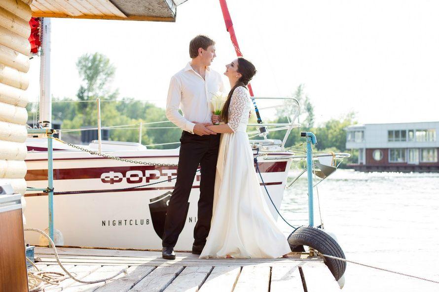 Фото 9056124 в коллекции Аренда парусной яхты с алыми парусами для фотосессий - Аренда яхты Паруса-нн