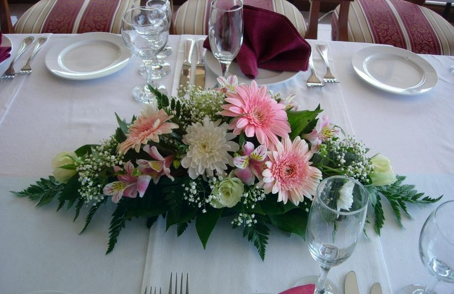 Композиции из цветов на столы гостей к мужскому юбилею, цветов через интернет