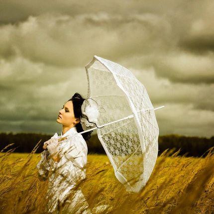 Свадебные кружевные зонты невесты