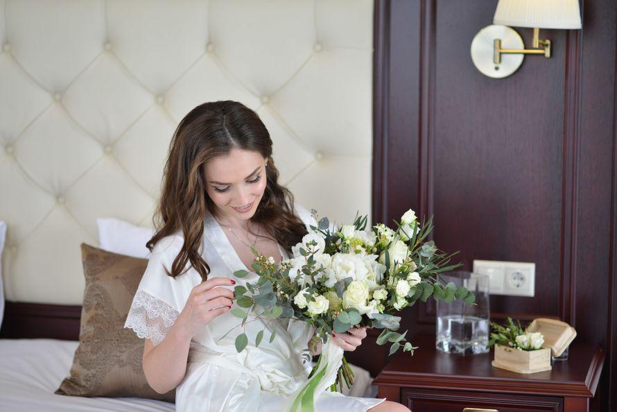 Восьмое марта, букет невесты евпатория