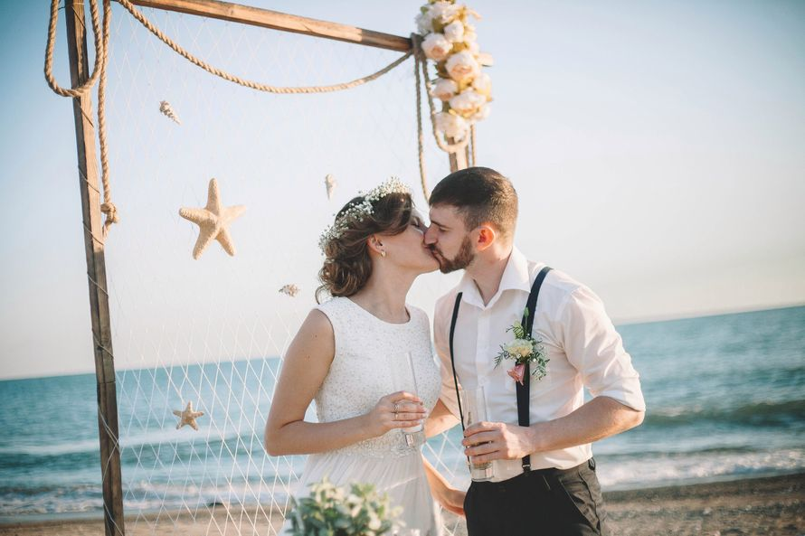 свадьба на море, свадьба в Абхазии, свадебная церемония в Абхазии - фото 13716144 Мастерская стильных свадеб Марии Парамоновой