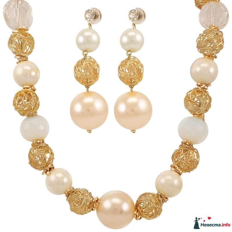 Бусы и серьги из белых, розовых жемчужных и золотых бусин - фото 87455 Невестушка