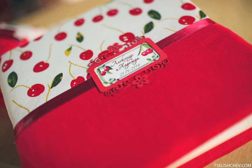 Папка для свидетельства о браке от студии флористики и декора Fresh&Green Фотограф Владимир   Целищев - фото 2584281 Свадебный распорядитель, выездной регистратор Ирэм