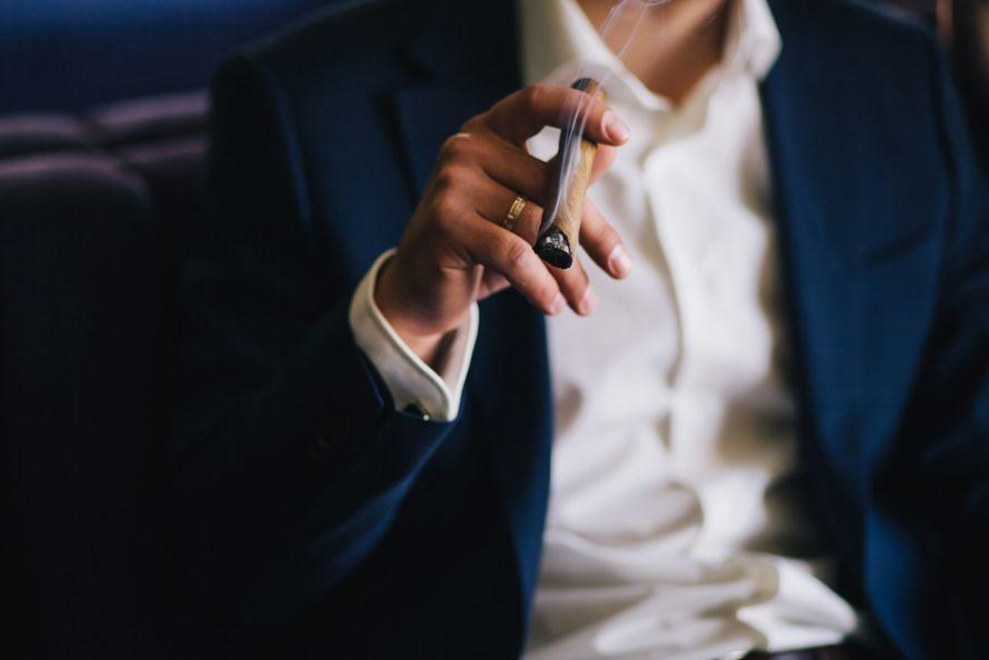 """""""Иногда сигара — это просто сигара."""" Зигмунд Фрейд. Фото Инна Птицына. С любовью к своей работе свадебный распорядитель Ирэм - фото 3797351 Свадебный распорядитель, выездной регистратор Ирэм"""