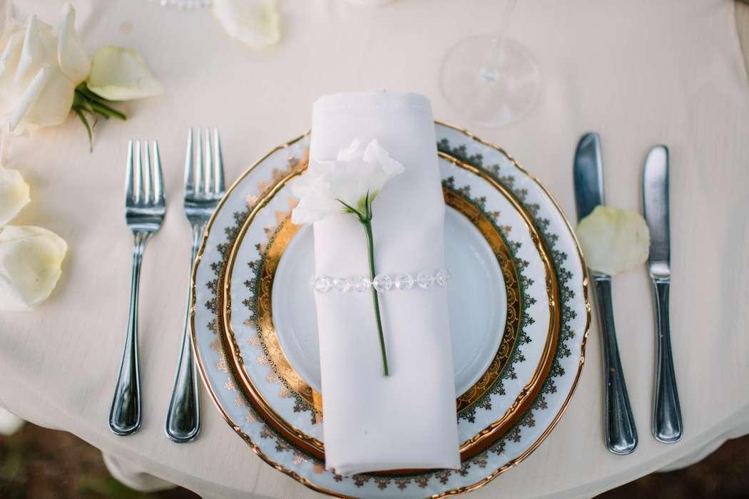 Сервировка стола для праздничного ужина. Фотограф: Роман Шаец  - фото 15723580 Special Event - студия декора
