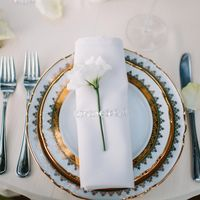 Сервировка стола для праздничного ужина. Фотограф: Роман Шаец