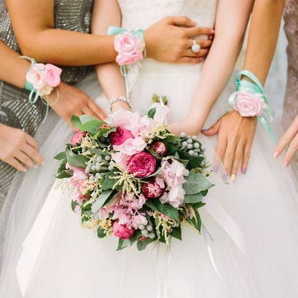 Браслетики подружек невесты
