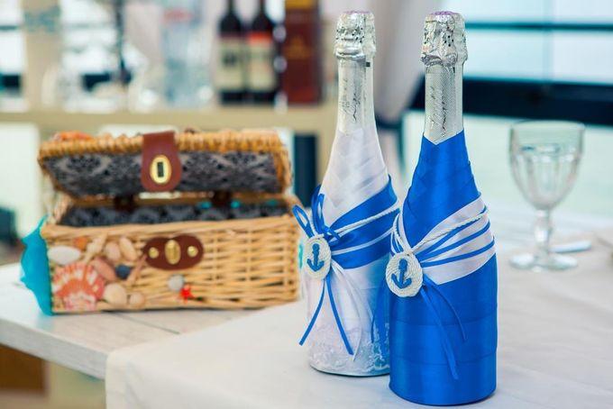 Декор бутылок шампанского и сундучка для денег