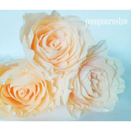 Бумажные цветы на ножке