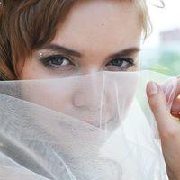 """На Лидии платье """"Мариэль"""" и 3-х слойная фата ручной работы Отзыв Лидии:""""Потрясающее платье нежно-кремового цвета для романтичных невест. Я в восторге от него."""""""