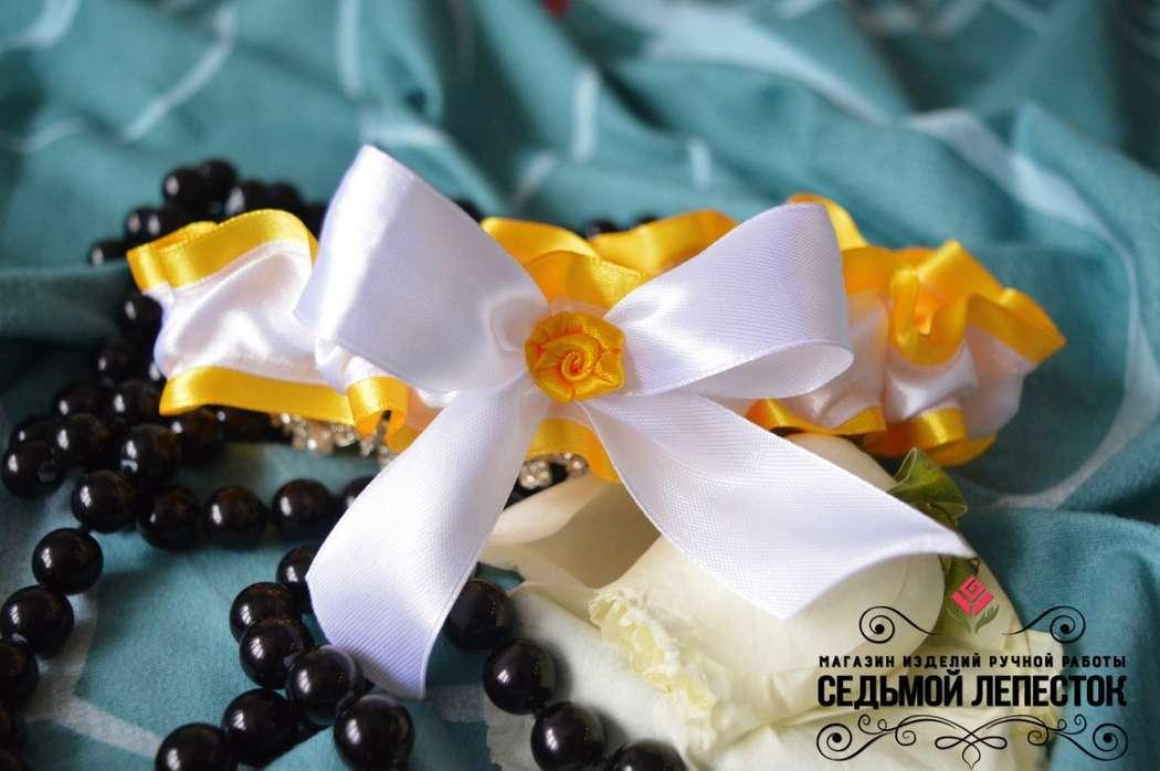 Подвязка для невесты Цена 500 руб. Цвет ленты и декора могут быть любыми Для обхвата ноги от 40 до 60 см (другой размер на заказ)  #подвязка #подвязкадляневесты #подвязканасвадьбу - фото 10460370 Свадебные аксессуары Седьмой лепесток