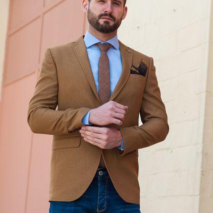 Пиджак песочного цвета