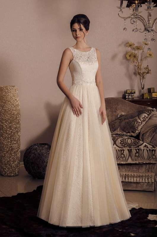 Свадебное платье со шлейфом, дизайнер Виктория Карандашева, свадебное платье  с красивой спинкой. - фото 10579620 Салон Viktoria Karandasheva