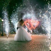 Горящие сердца, дорожка из фонтанов
