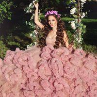 Foto: @ksusha_shakurova  MUAh: @tomusia__  Dress: @rina_ri_dress  Florist: @viktorina_florist