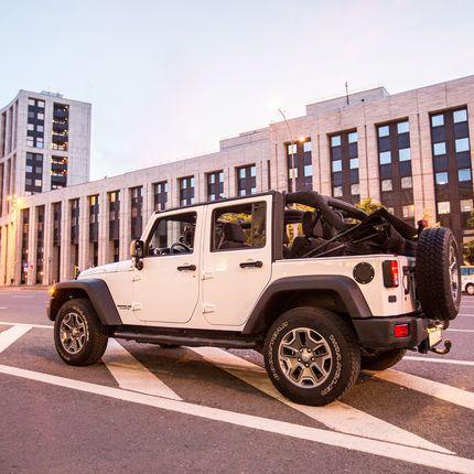 Аренда внедорожника Jeep Wrangler Unlimited, 5 часов
