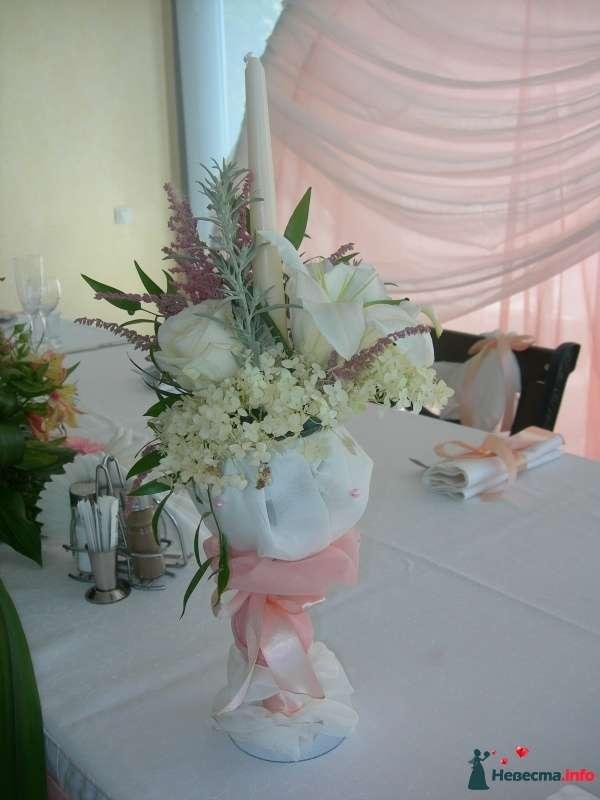 "Оформление свеч на стол молодых - фото 451836 Салон цветов ""Flower's tino"""
