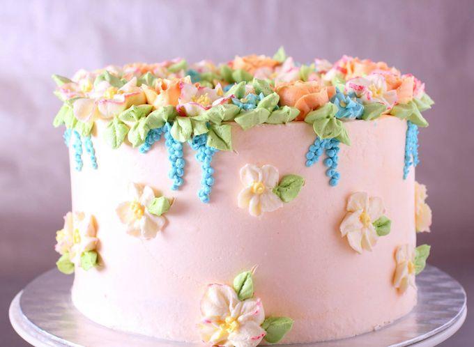 Украшения тортиков готовыми цветочками фото