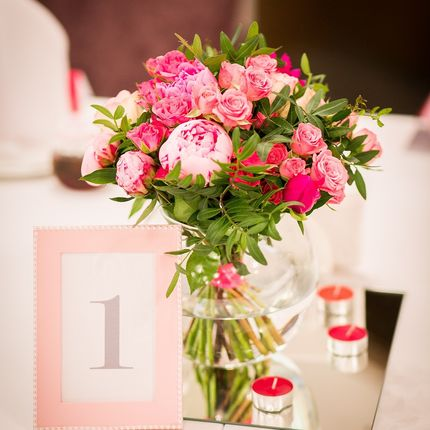 Декор столов цветочными композициями, цена за 1 шт