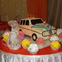 оригинальный свадебный торт семьи Казаковых Оли и Саши