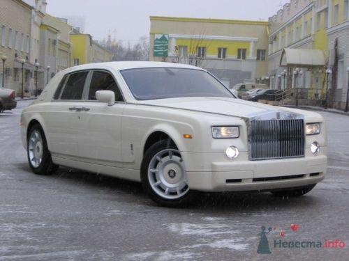 Роллс-Ройс Фантом белого цвета - фото 6612 Авто-Делюкс - прокат авто