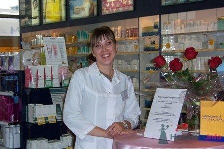 """Наши врачи всегда в хорошей форме, готовы помочь милым дамам! - фото 7291 Клиника красоты """"Американская дерматология"""""""