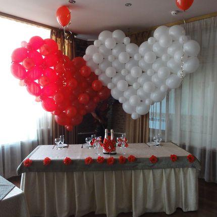 Оформление красной свадьбы воздушными шарами