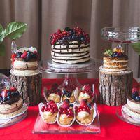 Ягодый свадебный сладкий стол