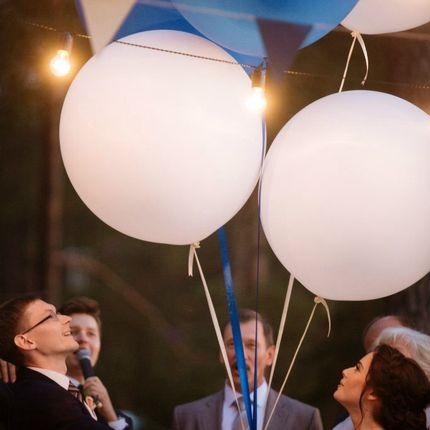 Гигантские метровые шары