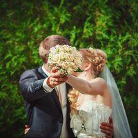 Ваш свадебный фотограф Виктор Губарев тел: 8 (918) 931 44 77