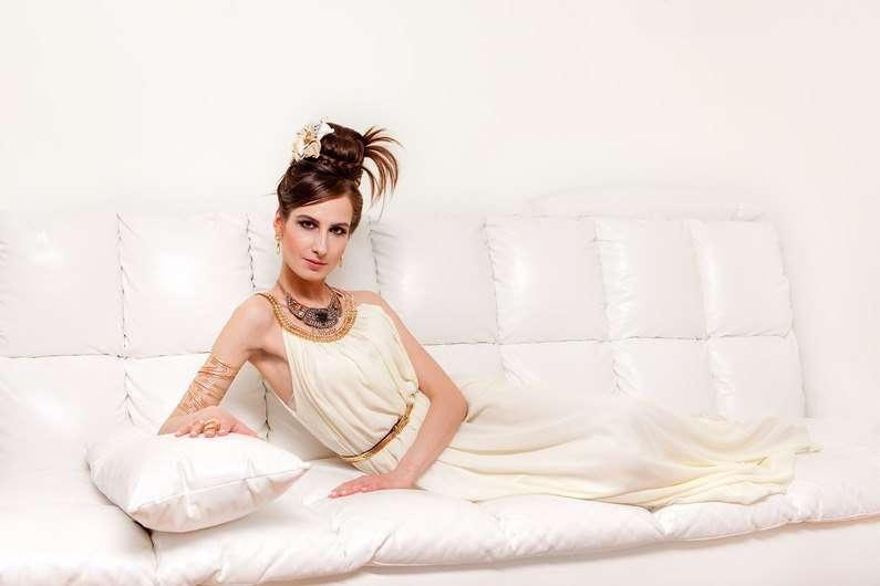 Образ в греческом стиле. - фото 14647428 Свадебный стилист Елена Русских
