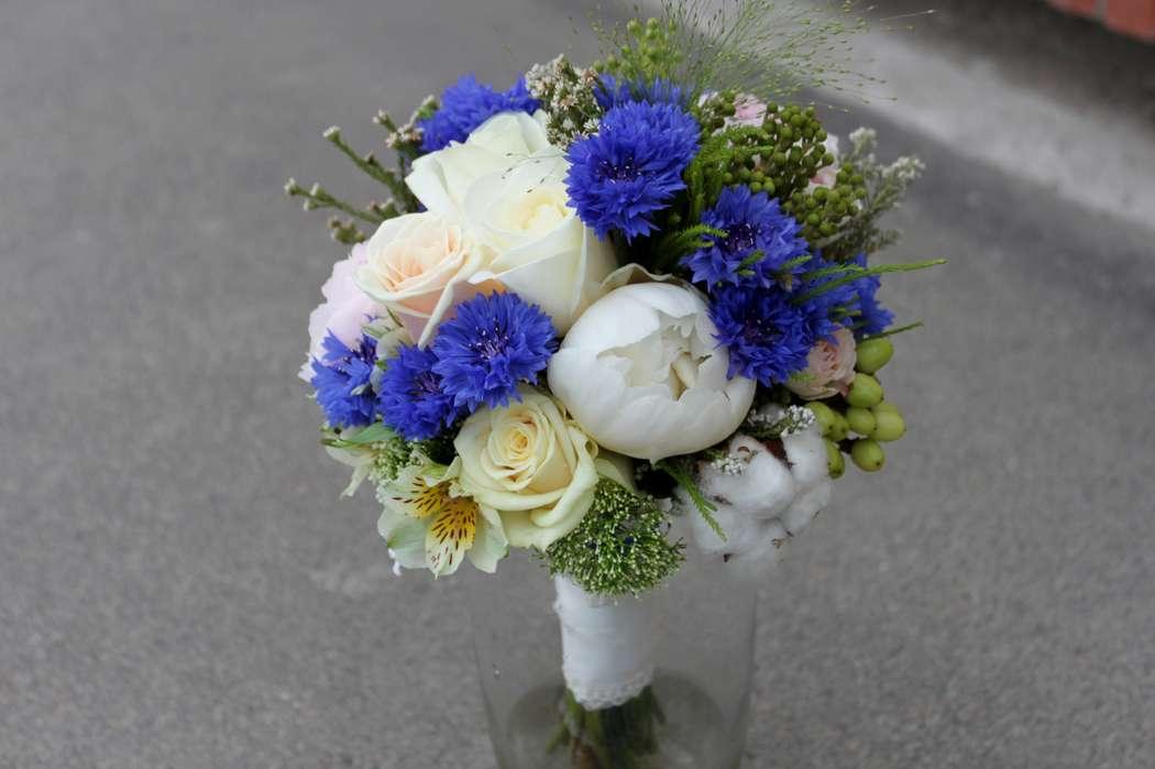 Цветы днепре, свадебный букет невесты из васильков минск