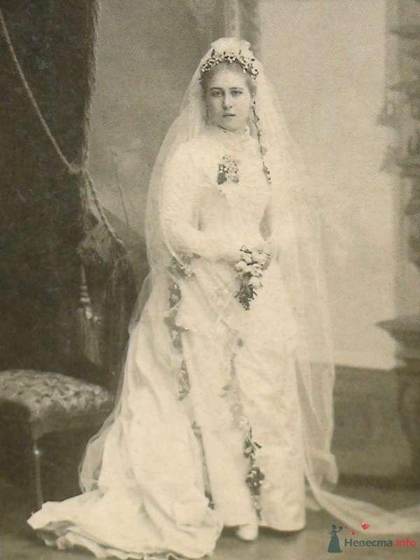 Невеста в шелковом подвенечном платье, Киев, ок. 1880 г. - фото 60311 Солнышонок