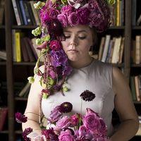 Свадебная прическа с цветами из калл