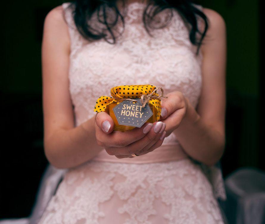 """Мeдовые  комплименты, как подарок для гостeй! Баночки меда, объемом 90 мл, с возможностью выбора под тематику Вашей свадьбы!) - фото 11695980 Компания медовых подарков """"Sweet honey"""""""