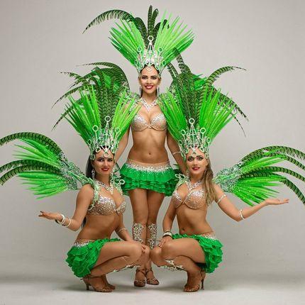Танцевальный номер - 3 участницы