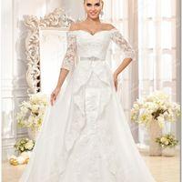 Свадебное платье из атласа и кордового кружева