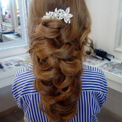 Свадебные причёска и макияж