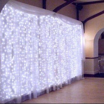 Фотозона со светодиодными гирляндами