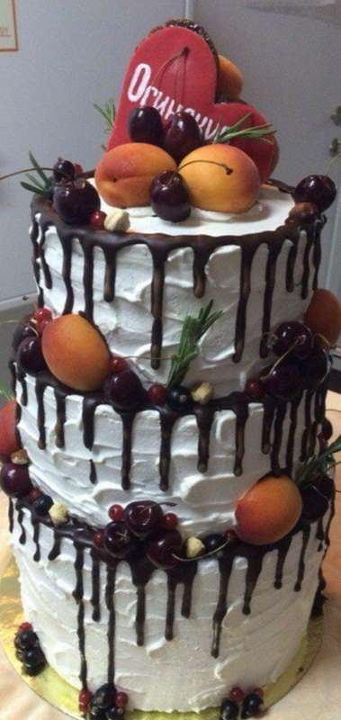 "Торт с фруктами для Евгении и Дениса. #тортwelldone - фото 12293870 Отель ""GreenHall"""