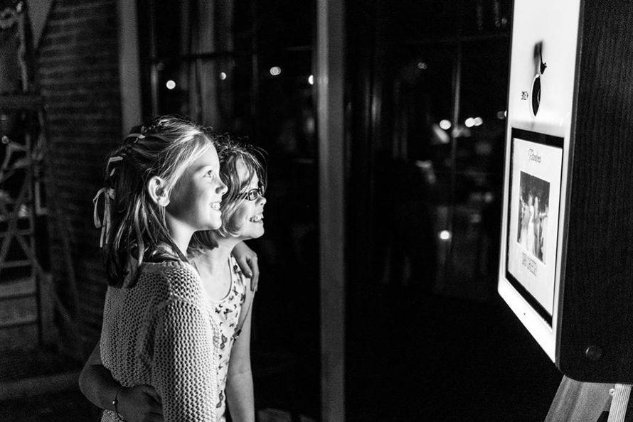 """Фото 18714282 в коллекции Портфолио - """"Premium фотобудка"""" - аренда фотокабин"""